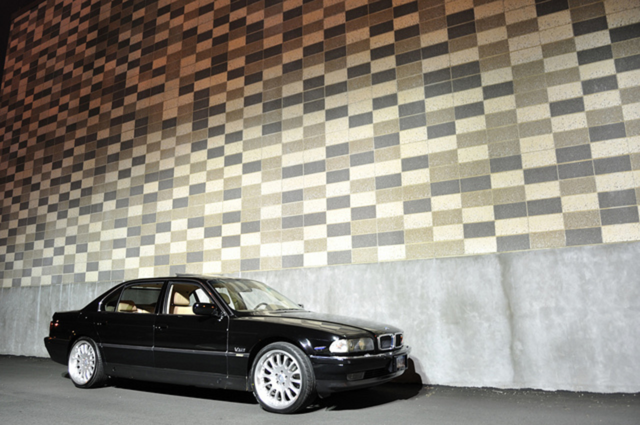 1997 BMW 750il Night Shots | Flickr - Photo Sharing!