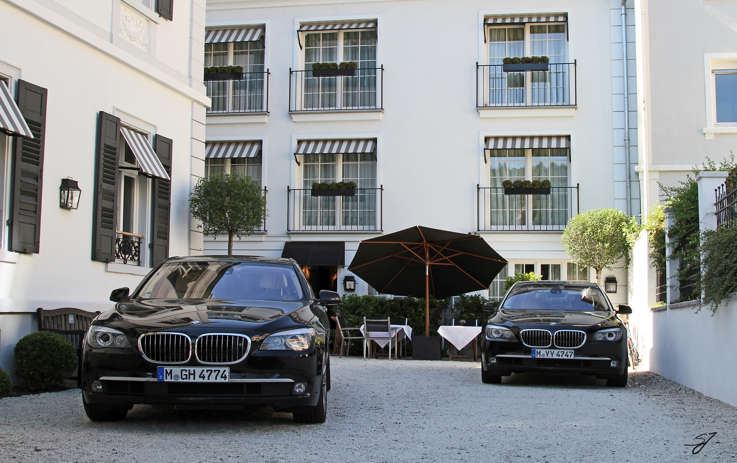BMW 750iL x2 | Flickr - Photo Sharing!