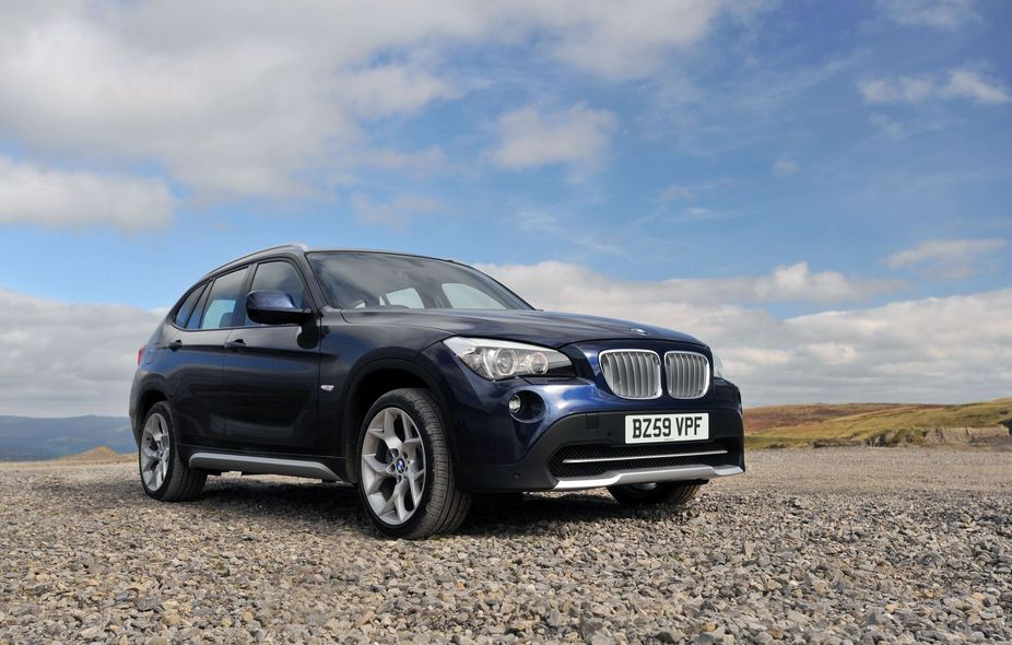BMW X1 xDrive 18d SE :: 1 photo and 5 specs :: autoviva.
