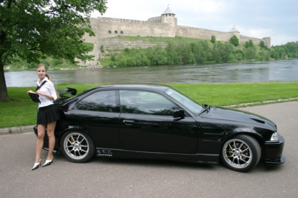 DesignerCars - BMW 318iS - BMW E36 318iS Turbo Coupe Pictures