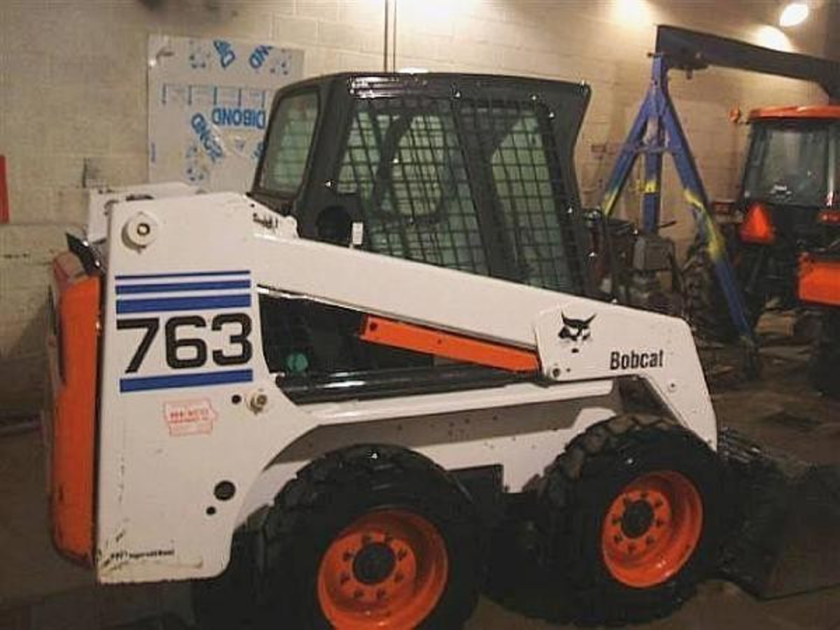 2002: Bobcat 763 for sale | Used Bobcat 763 wheel loaders - Mascus USA