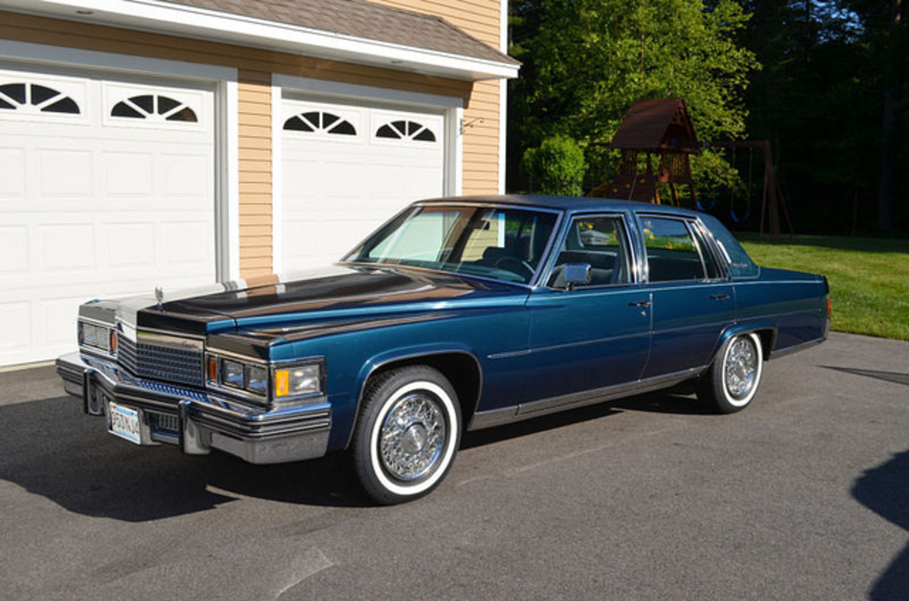 TopWorldAuto >> Photos of Cadillac Fleetwood Brougham - photo galleries