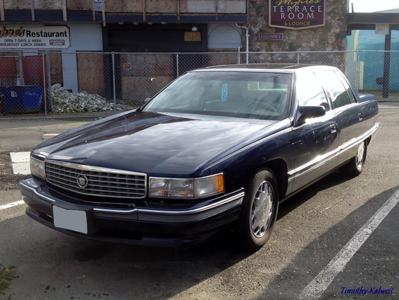 1997 99 Cadillac DeVille Concours