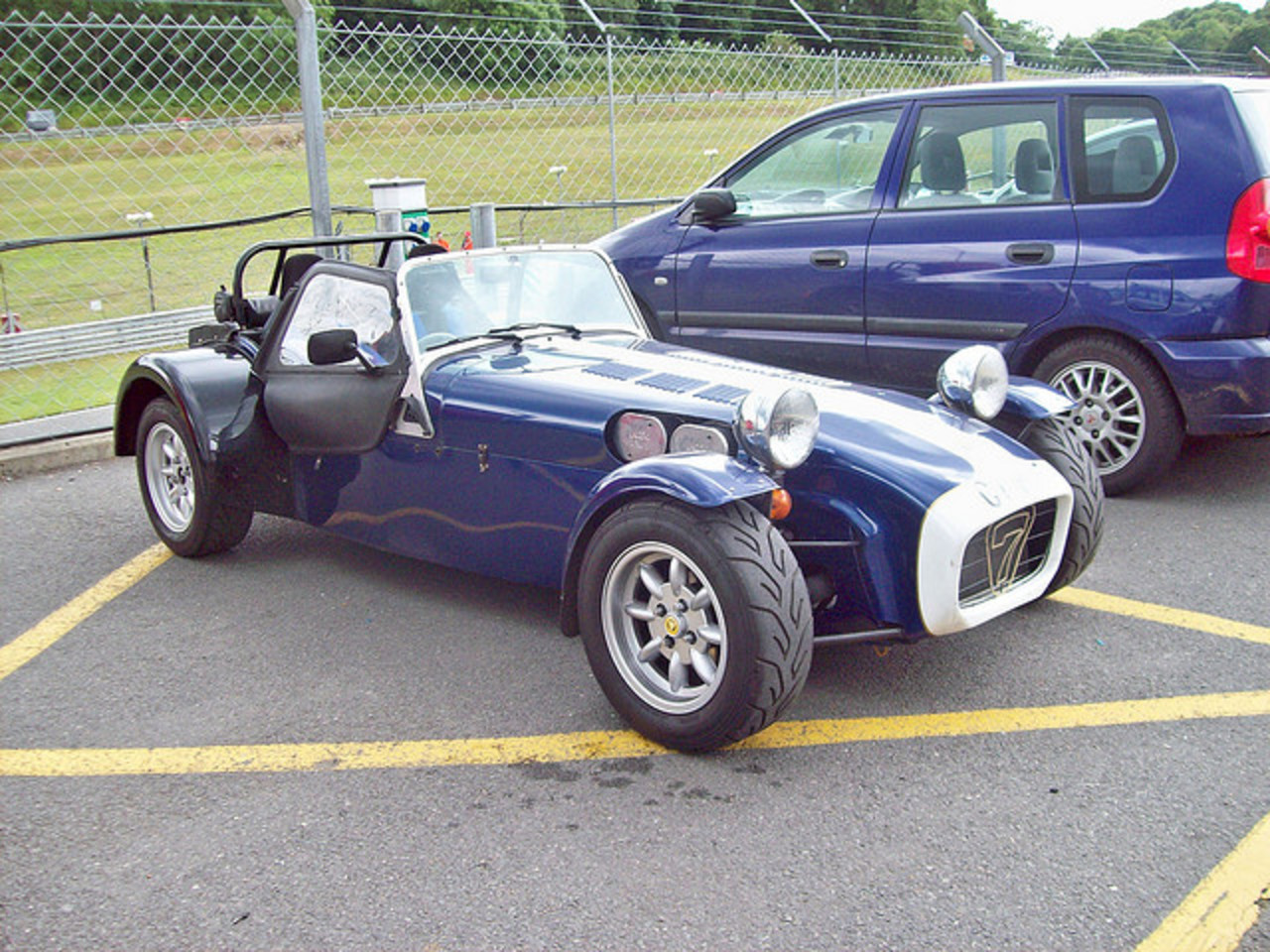 35 Caterham Seven Sprint (2008) | Flickr - Photo Sharing!