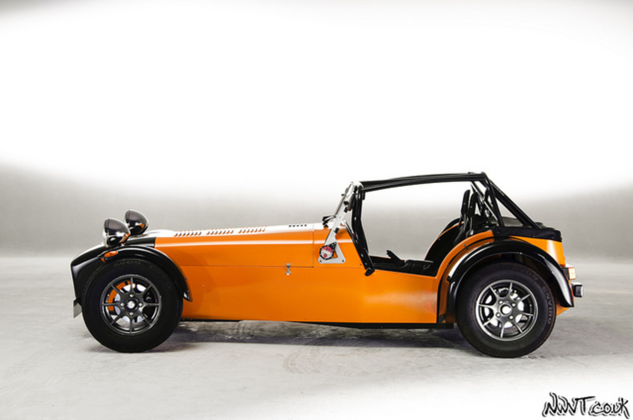 PistonHeads.com Studio Shoot Day Orange And Black Caterham Seven ...
