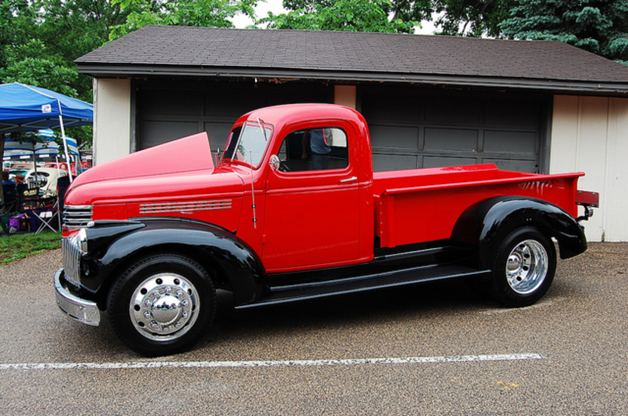 Flickr: The 1 Ton trucks Chevy Ford Dodge IH GMC Pool