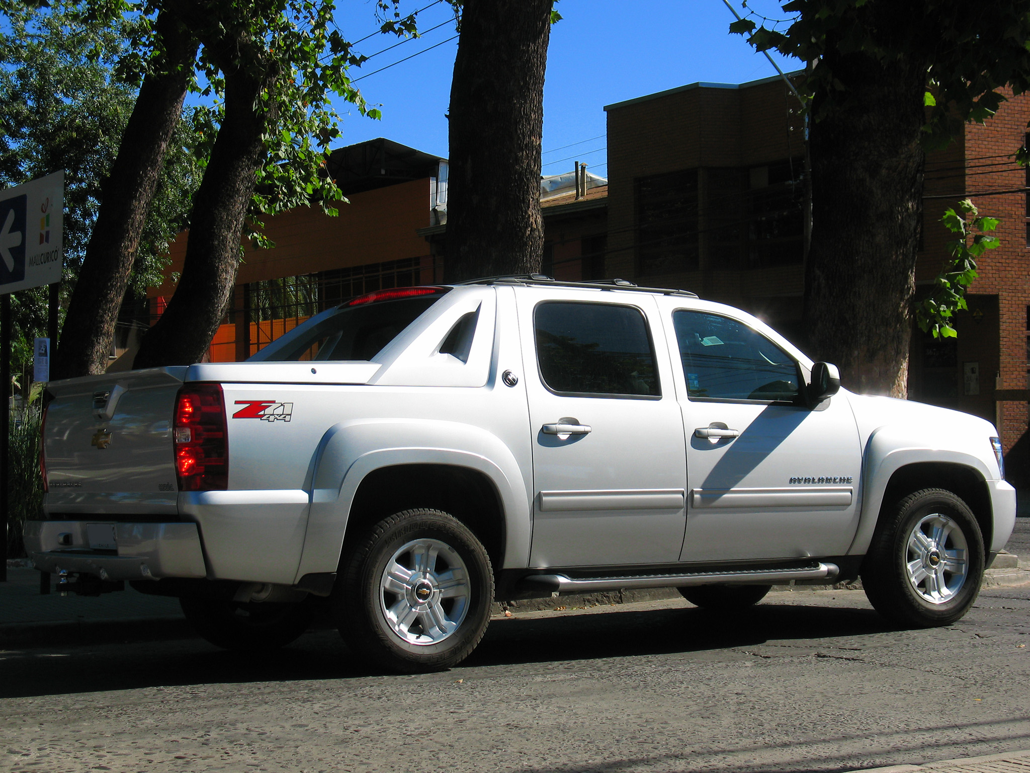 12703_chevrolet-avalanche-z71-2013-flickr-photo-sharing Great Description About Chevy Avalanche 2013 with Amazing Pictures Cars Review