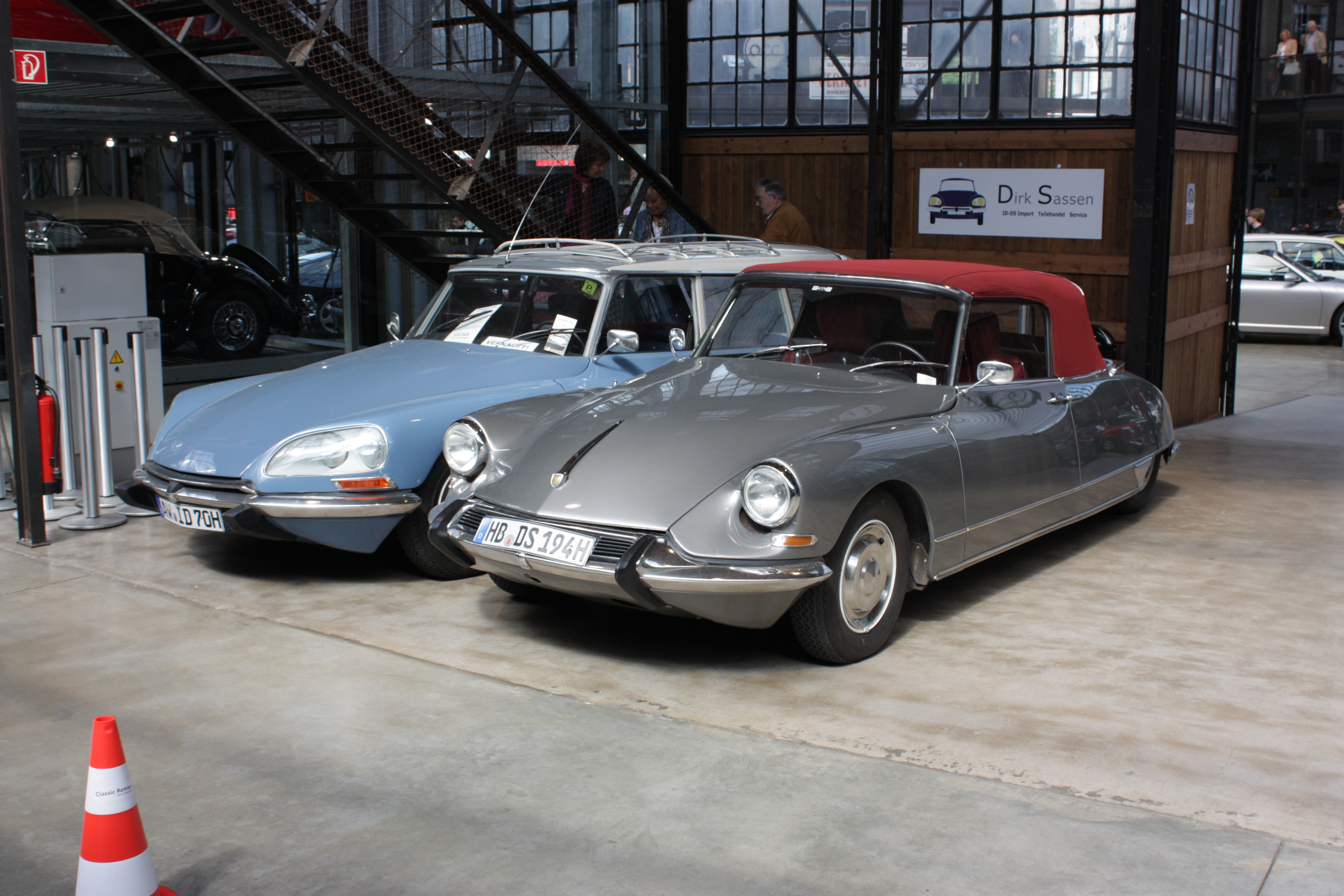 Citroen DS 19 + DS 21 - Classic Remise Düsseldorf | Flickr - Photo ...
