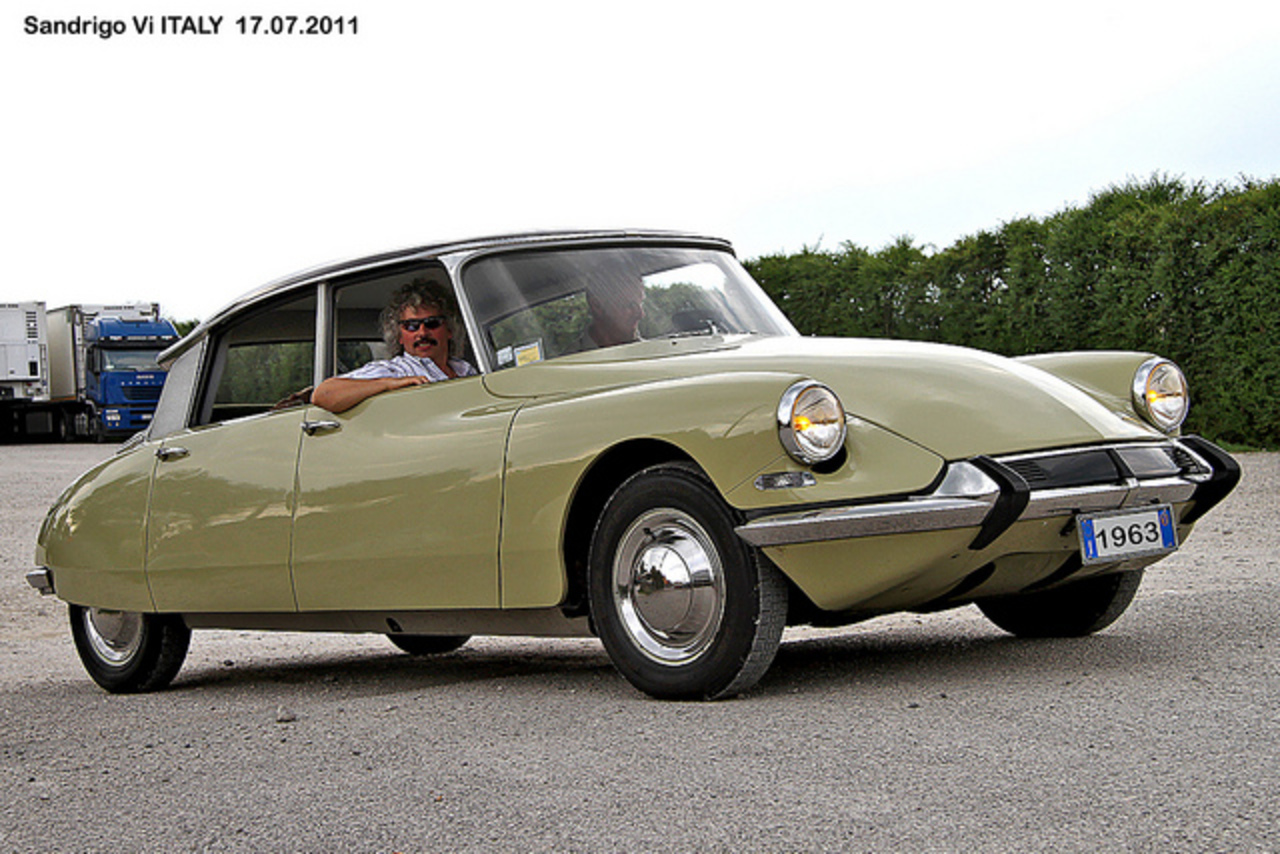 CITROEN DS 19 year 1963 | Flickr - Photo Sharing!