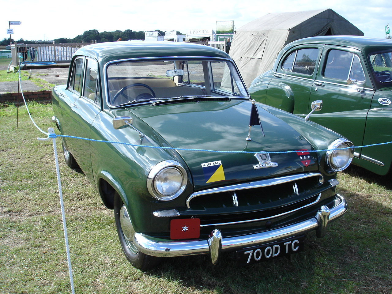 Standard Vanguard Phase Iii: Photo #