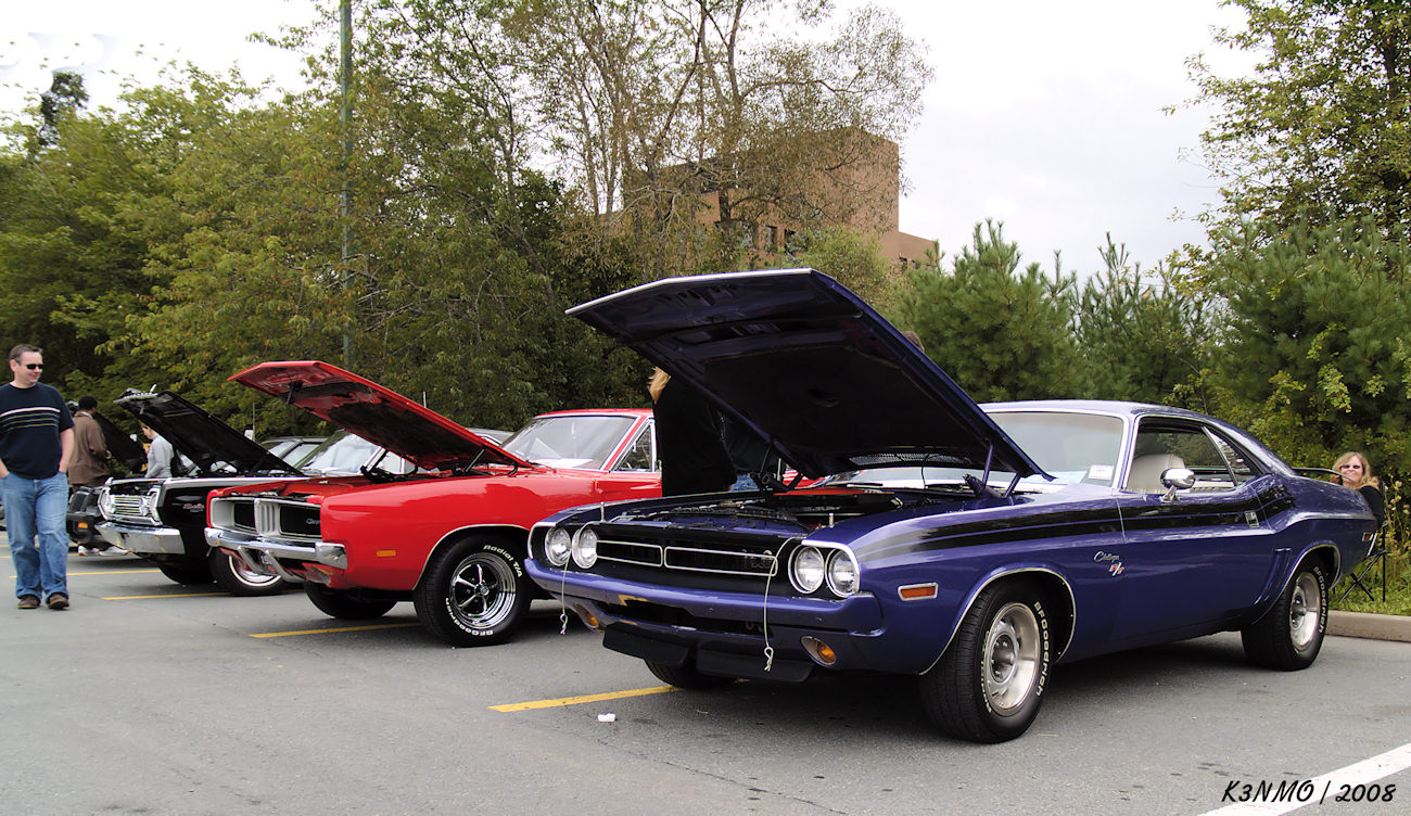 1969 Dodge Charger RT & 71 Challenger RT | Flickr - Photo Sharing!