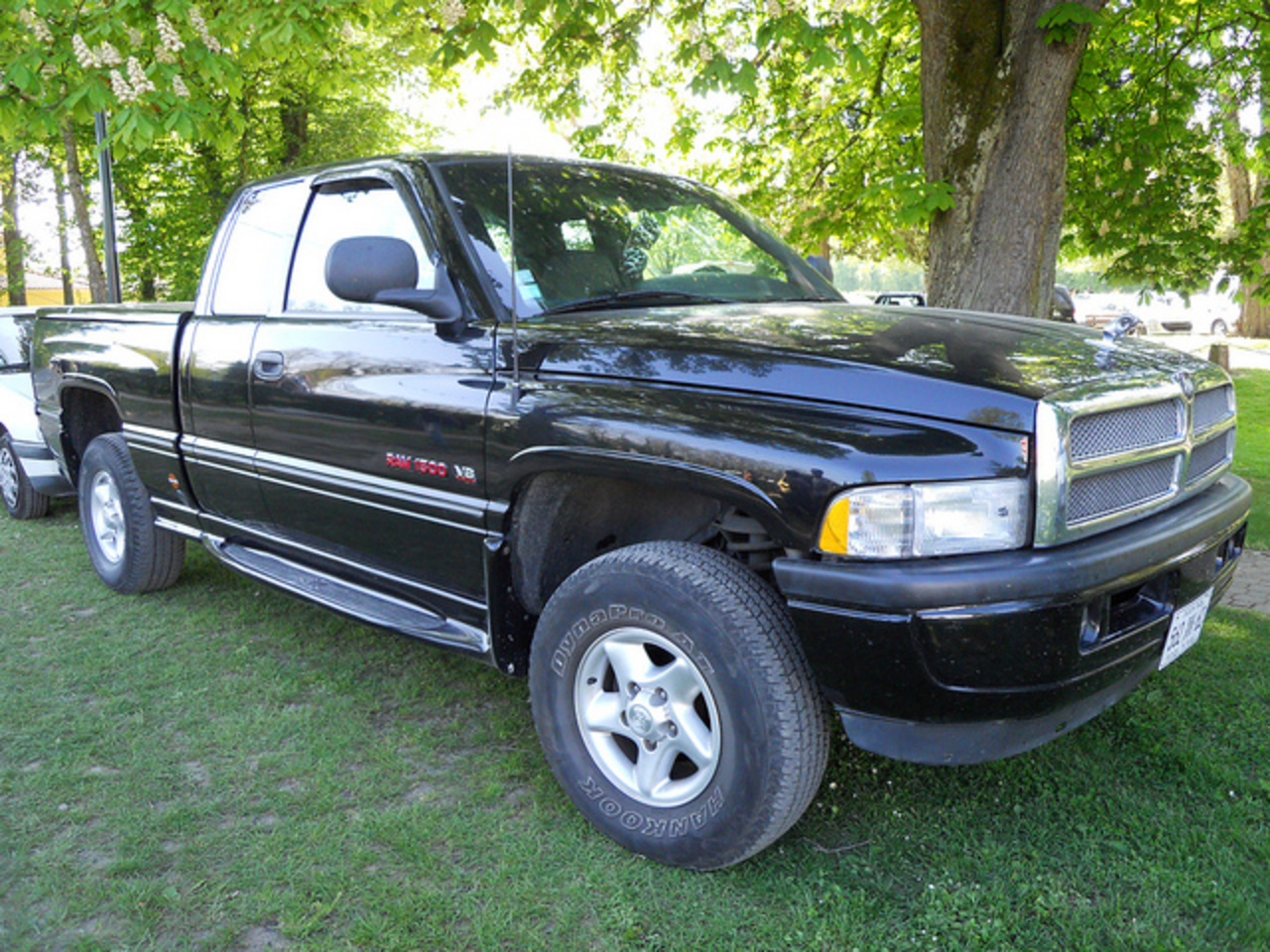 topworldauto photos of dodge ram 1500 v6 photo galleries. Black Bedroom Furniture Sets. Home Design Ideas