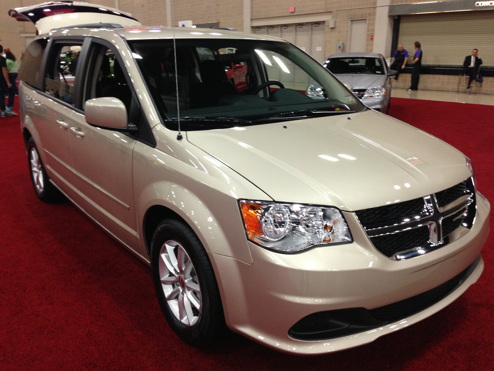 topworldauto photos of dodge grand caravan sxt photo galleries. Black Bedroom Furniture Sets. Home Design Ideas