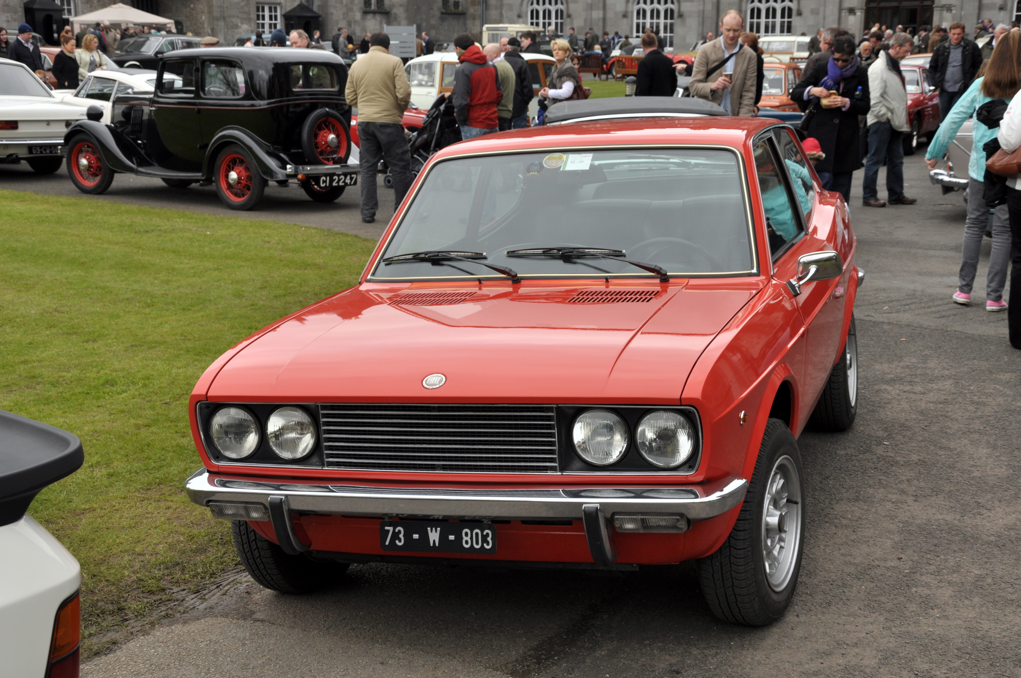 File:FIat 128 Coupe (1).jpg - Wikimedia Commons