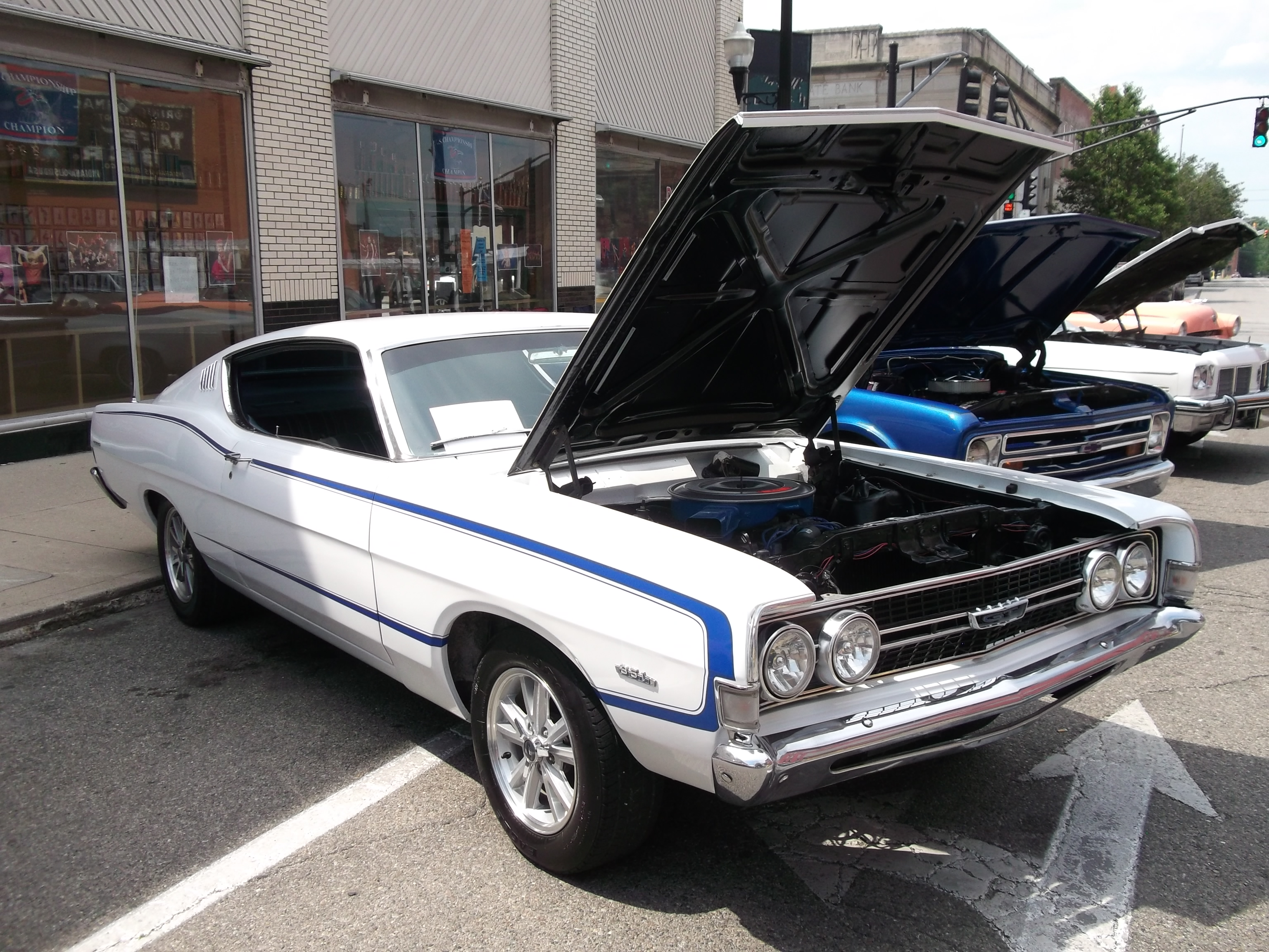 TopWorldAuto >> Photos of Ford Torino GT fastback - photo