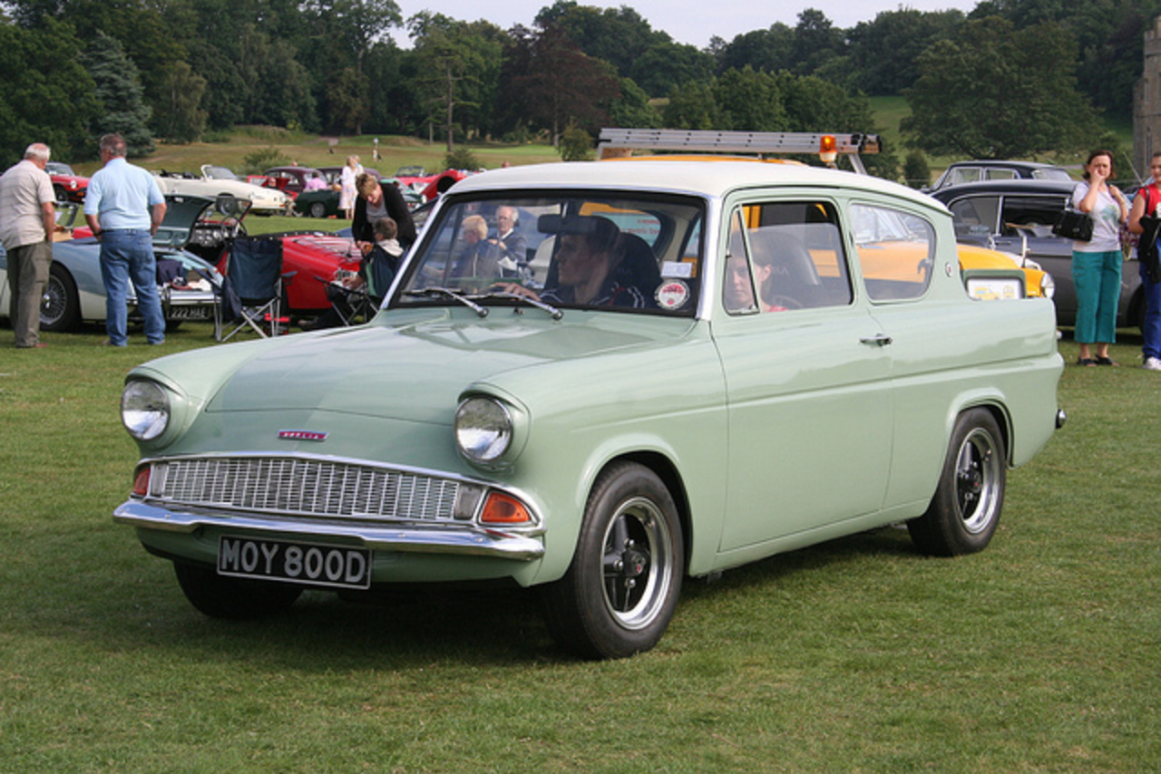 TopWorldAuto >> Photos of Ford Anglia - photo galleries
