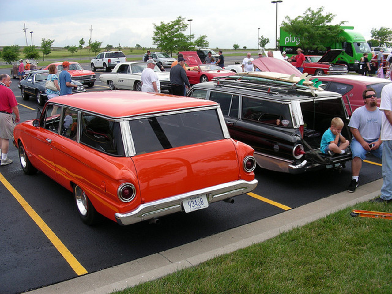 1960 Ford Falcon Wagon on Left and 1962 on Right | Flickr - Photo ...