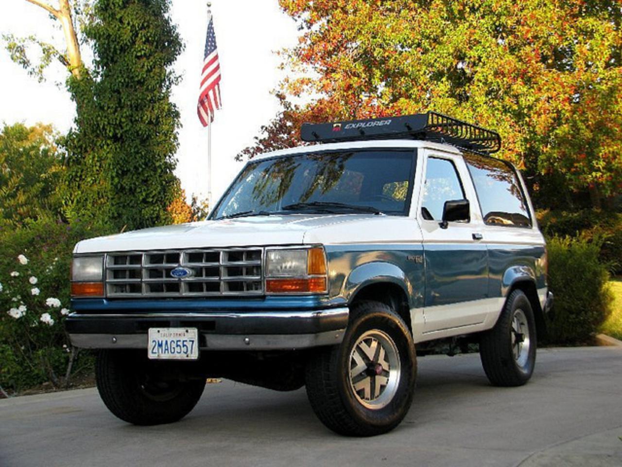 Topworldauto Gt Gt Photos Of Ford Bronco Ii 4x4 Photo Galleries