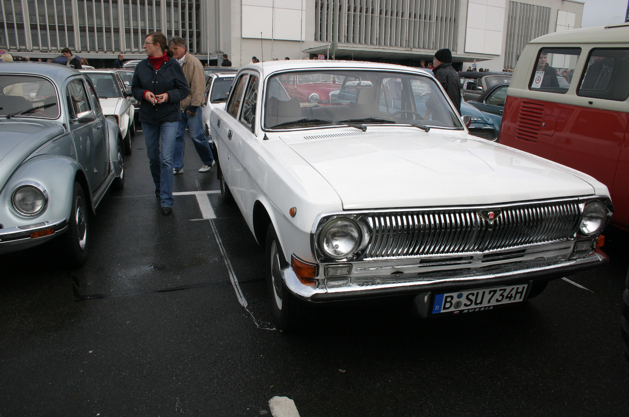 "GAZ ""Volga"" M24 