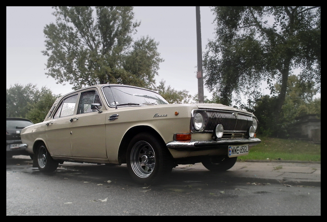 Volga GAZ-24 | Flickr - Photo Sharing!