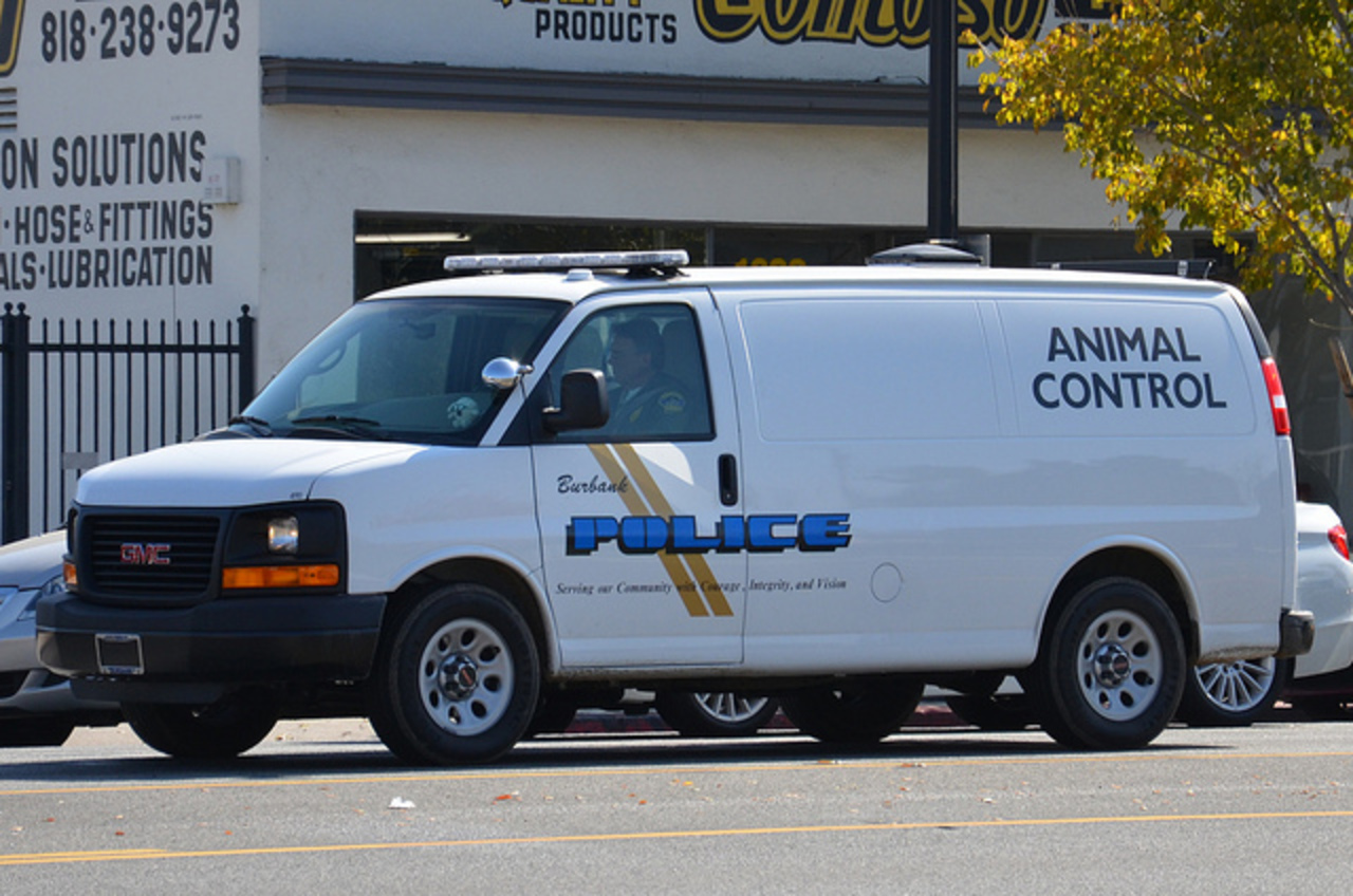 Burbank Police Animal Control Gmc Savana Cargo Van Flickr on savana cargo van images