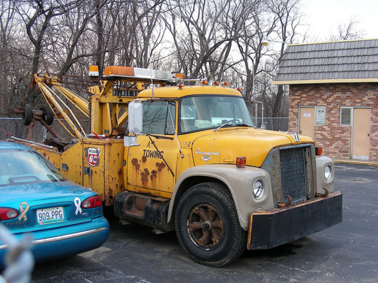 Old International Loadstar Tow Truck | Flickr - Photo Sharing!