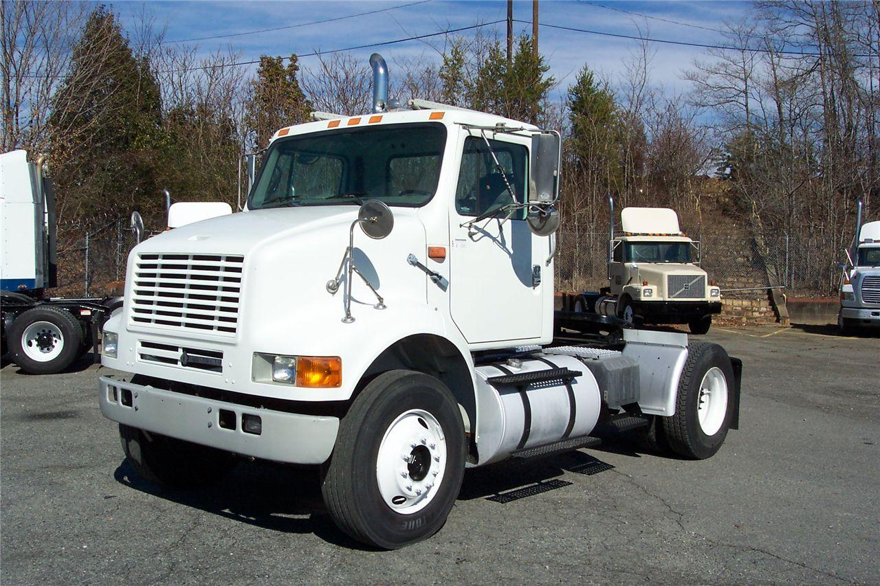 International 8100. MotoBurg