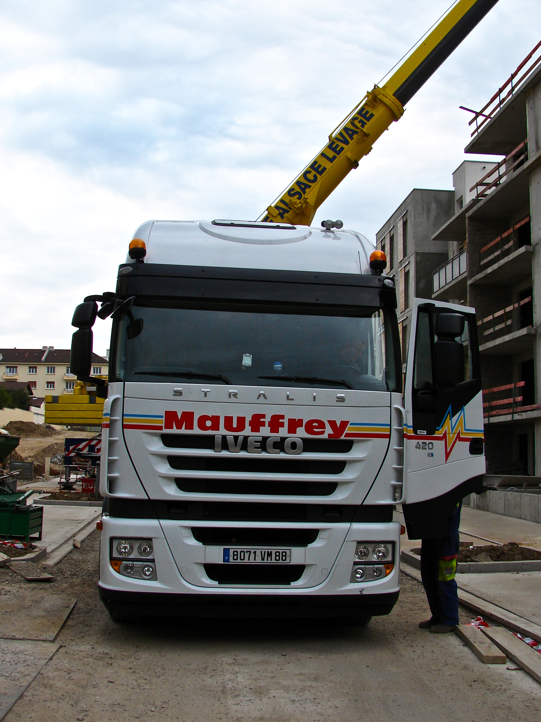 Iveco Stralis 420 Mauffrey | Flickr - Photo Sharing!