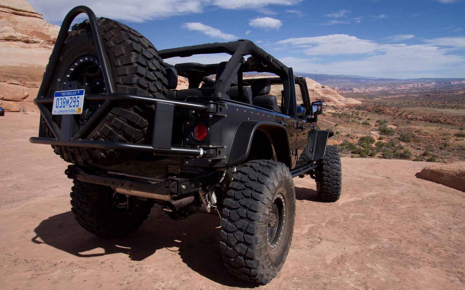 Jeep Wrangler Apache Concept Rear Photo 28