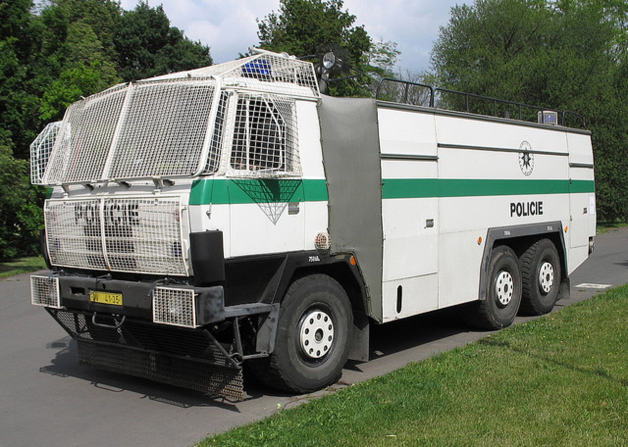 Wasserwerfer / Water Cannons (1) - a gallery on Flickr