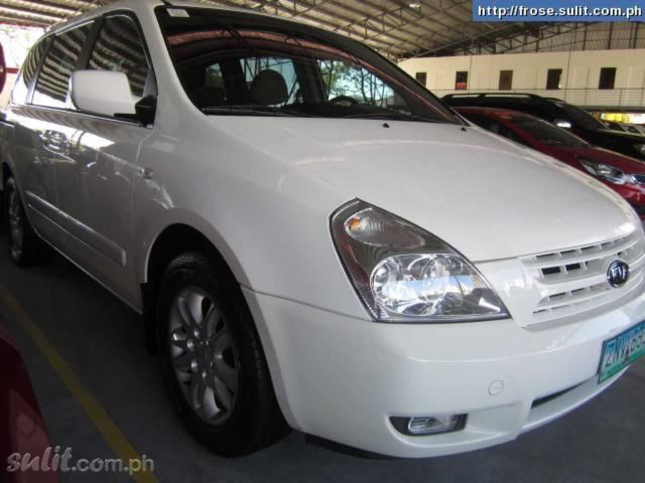 Kia Carnival LX 2008 a/t diesel color white - Philippines - 7833332