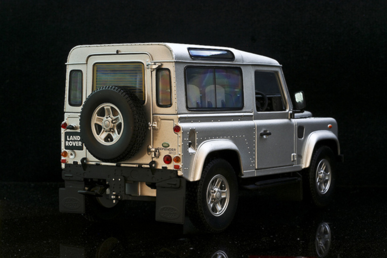 topworldauto photos of land rover defender 90 td5 photo galleries. Black Bedroom Furniture Sets. Home Design Ideas