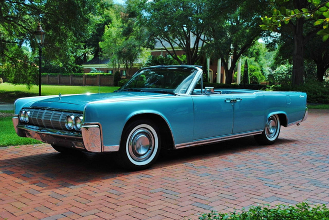 topworldauto photos of lincoln continental convertible photo galleries. Black Bedroom Furniture Sets. Home Design Ideas
