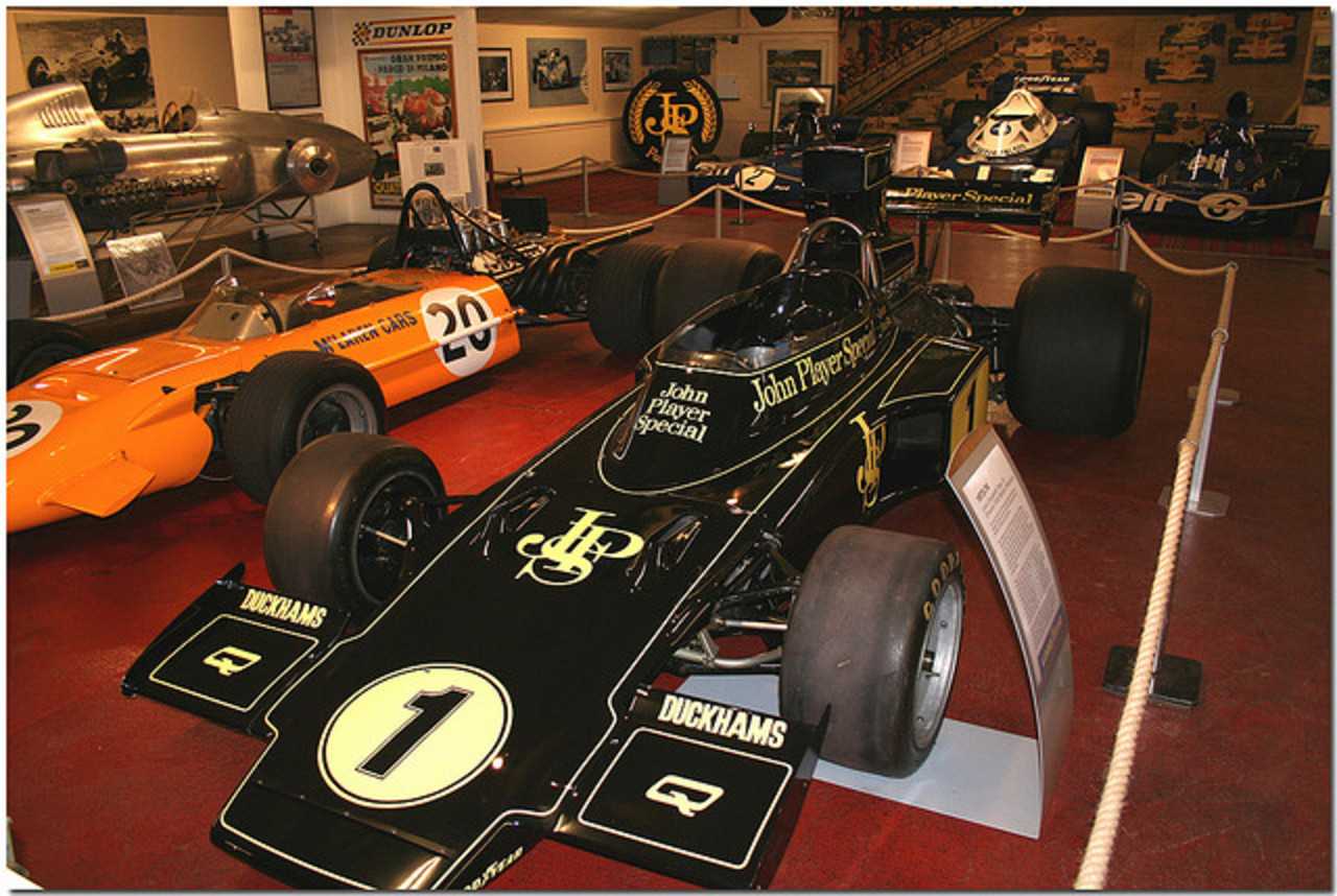 1974 Ronnie Peterson JPS Lotus 72 Cosworth F1 Donington Grand Prix ...