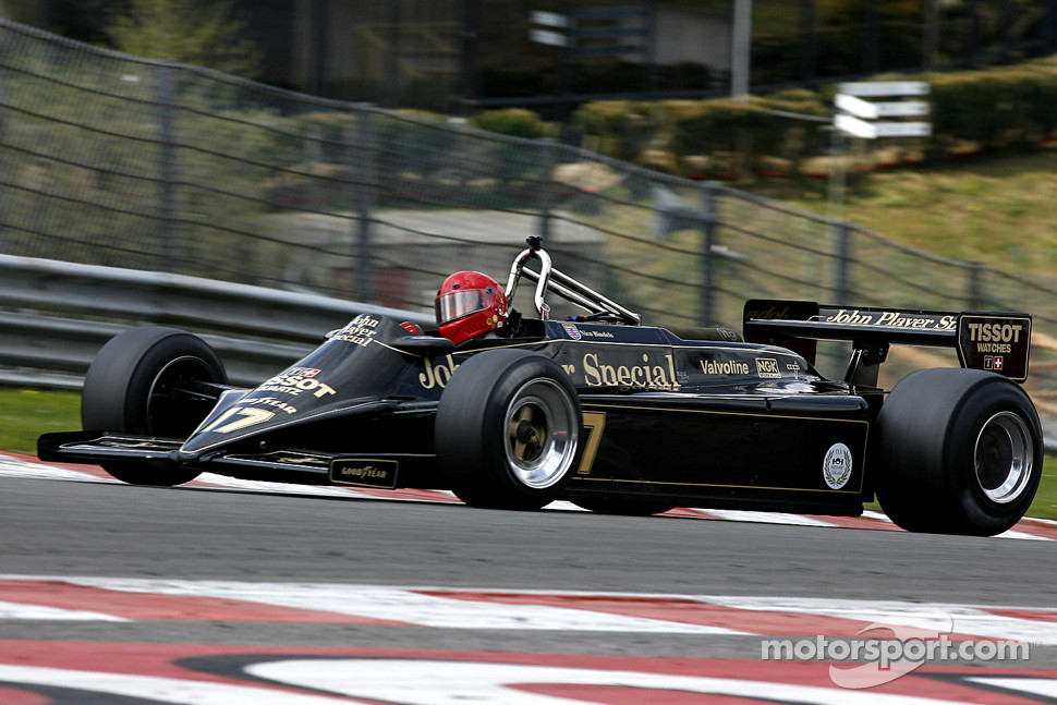 17 Nico Bindels (L) Lotus 87B, Martin Stretton Racing (1981-82 ...