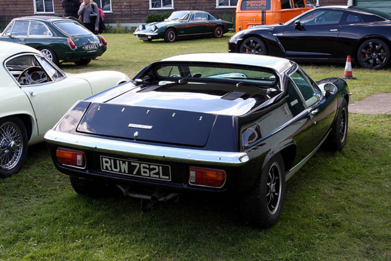 Brooklands Autumn Motorsport Day 2012 - 1973 Lotus Europa Special ...