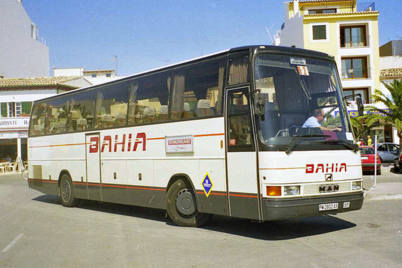Autocares Bahia PM-2802-AX, MAN 16.290 in Puerto Pollensa | Flickr ...