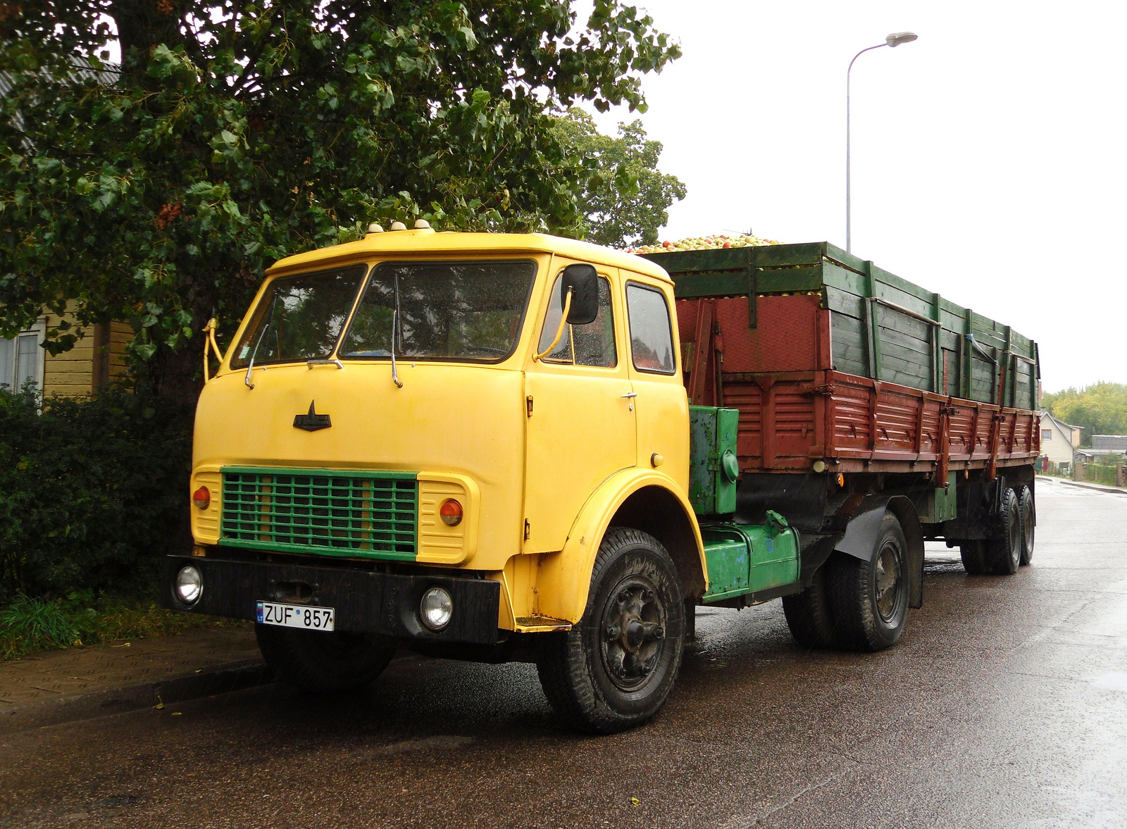 MAZ Truck | Flickr - Photo Sharing!