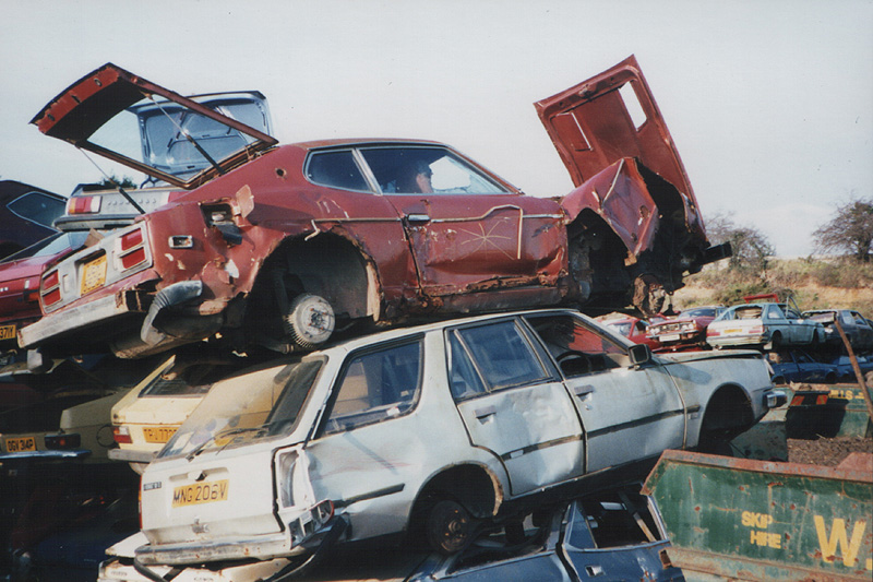 1977-ish Datsun 280Z 2+2 (S30) at Mills scrapyard c.1994 | Flickr ...