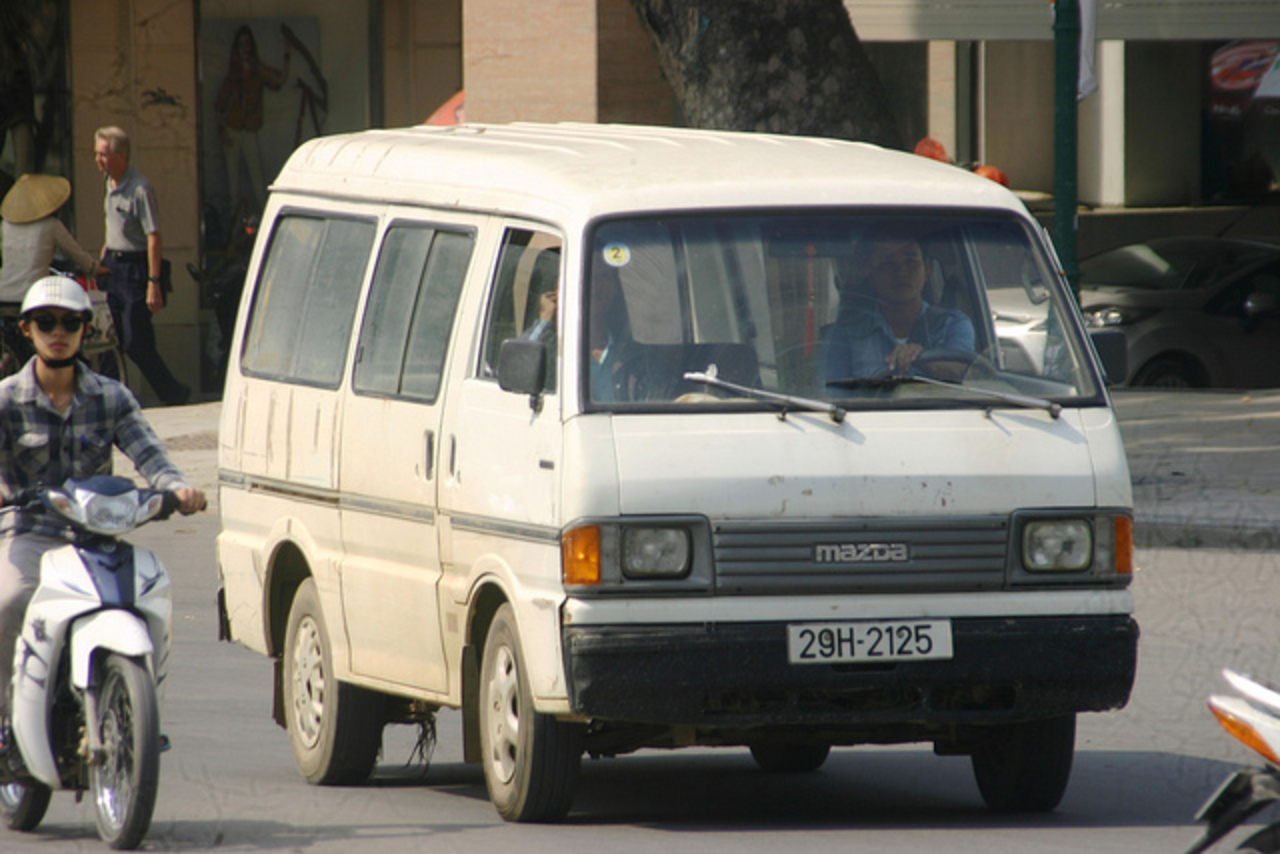 1989 - 2001 Mazda E2200 Van '29H-2125' | Flickr - Photo Sharing!