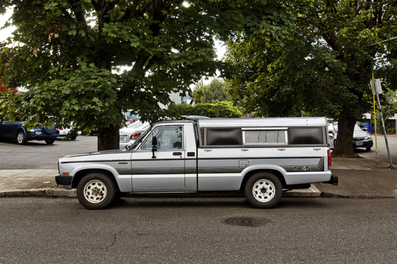 1984 Mazda B2000 SE-5 | Flickr - Photo Sharing!
