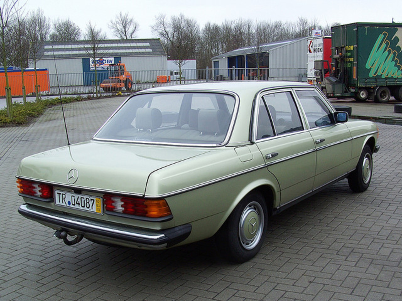 1983 Mercedes Benz 230 E (W123) 3 | Flickr - Photo Sharing!