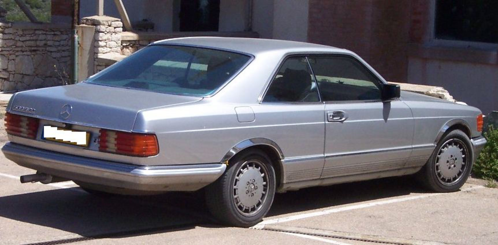 File:Mercedes Benz 500 SEC silver hr.jpg - Wikimedia Commons