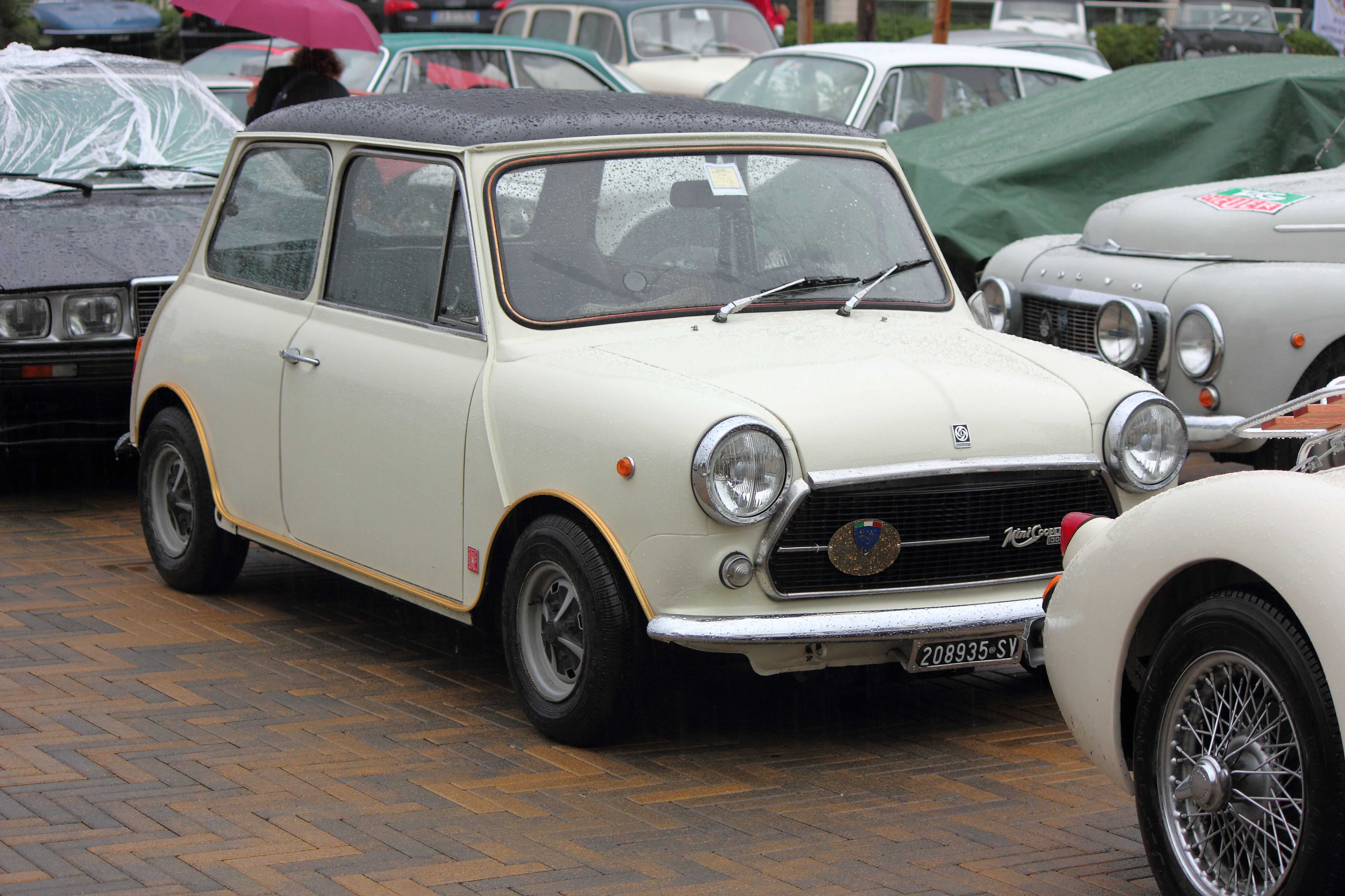 Innocenti Mini Cooper 1300 | Flickr - Photo Sharing!