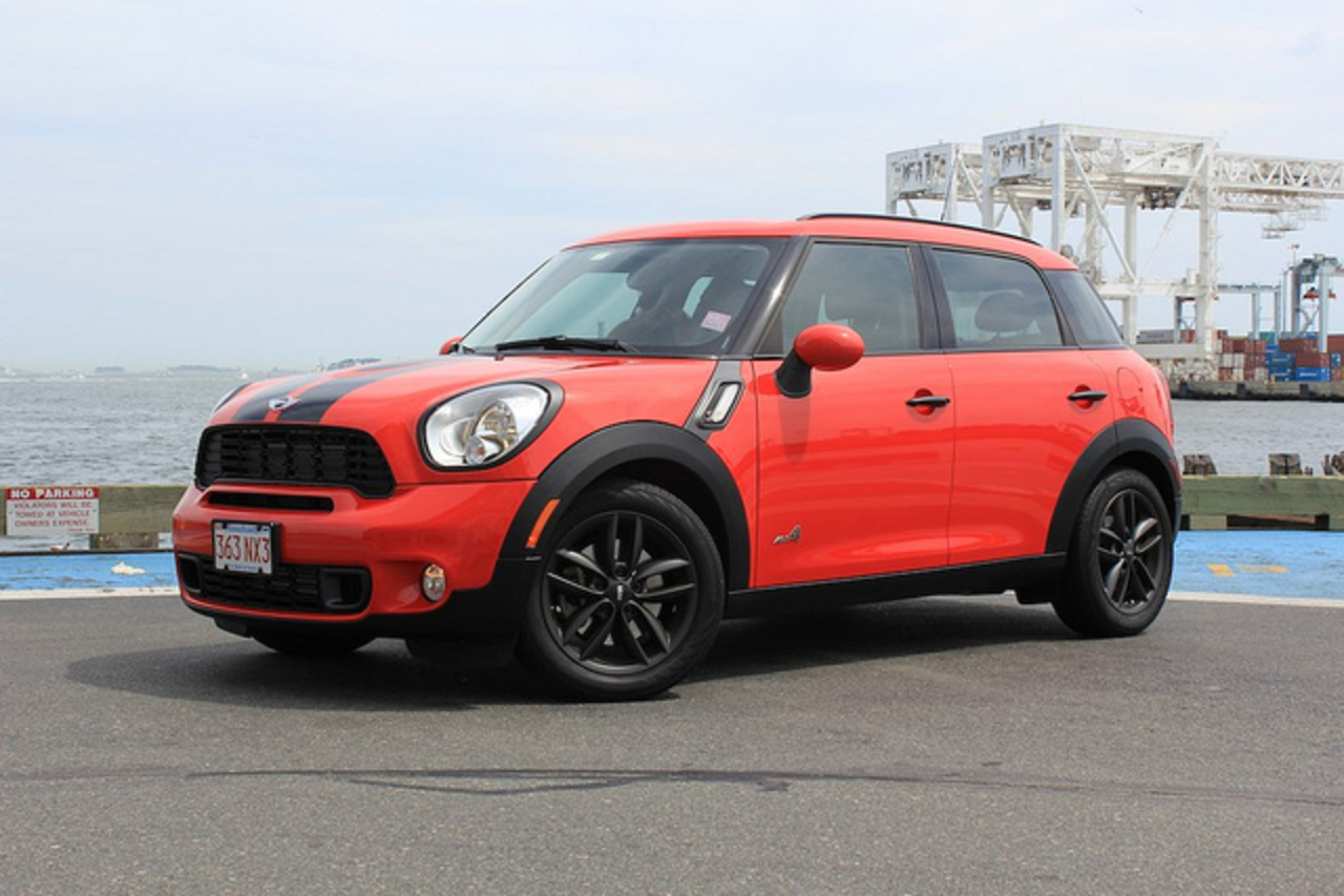 Red MINI Cooper S Countryman All4 | Flickr - Photo Sharing!