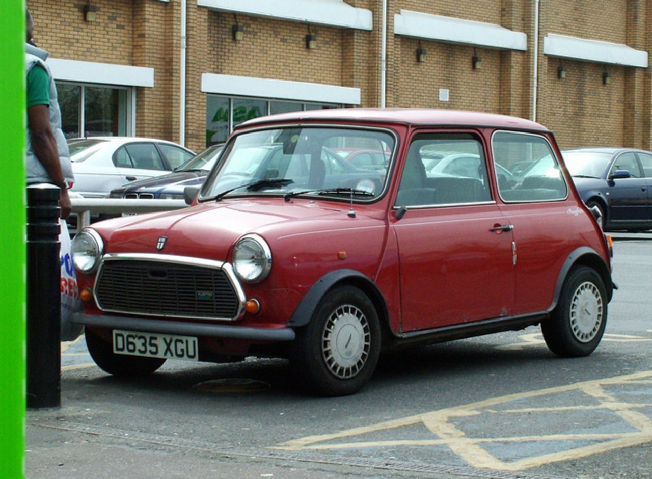 Mini Mayfair 1000