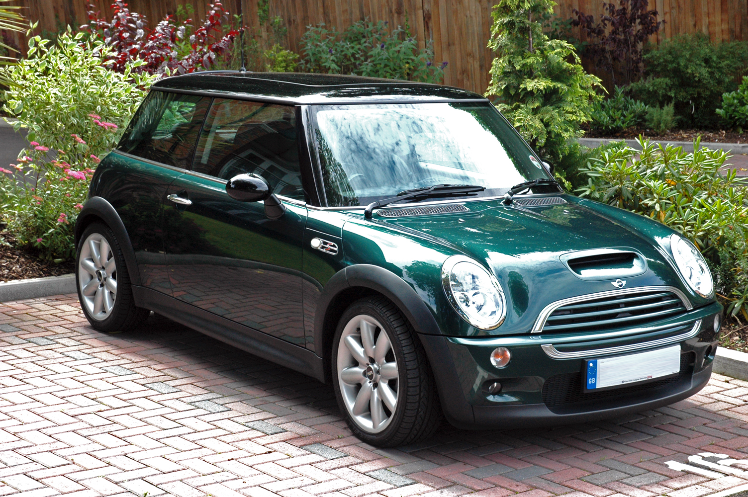 British Racing Green Mini Cooper S | Flickr - Photo Sharing!