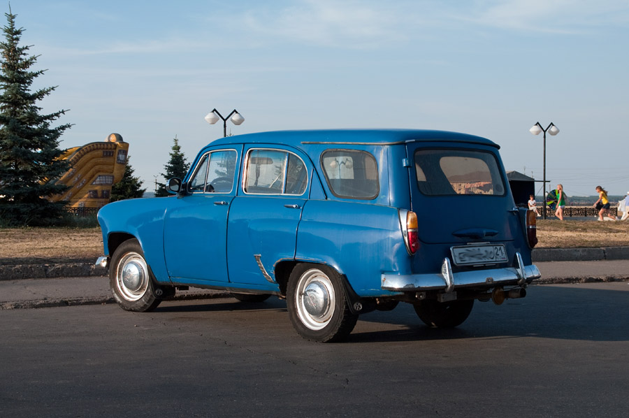 Moskvitch 423N Photo Gallery: Photo #09 out of 12, Image Size ...