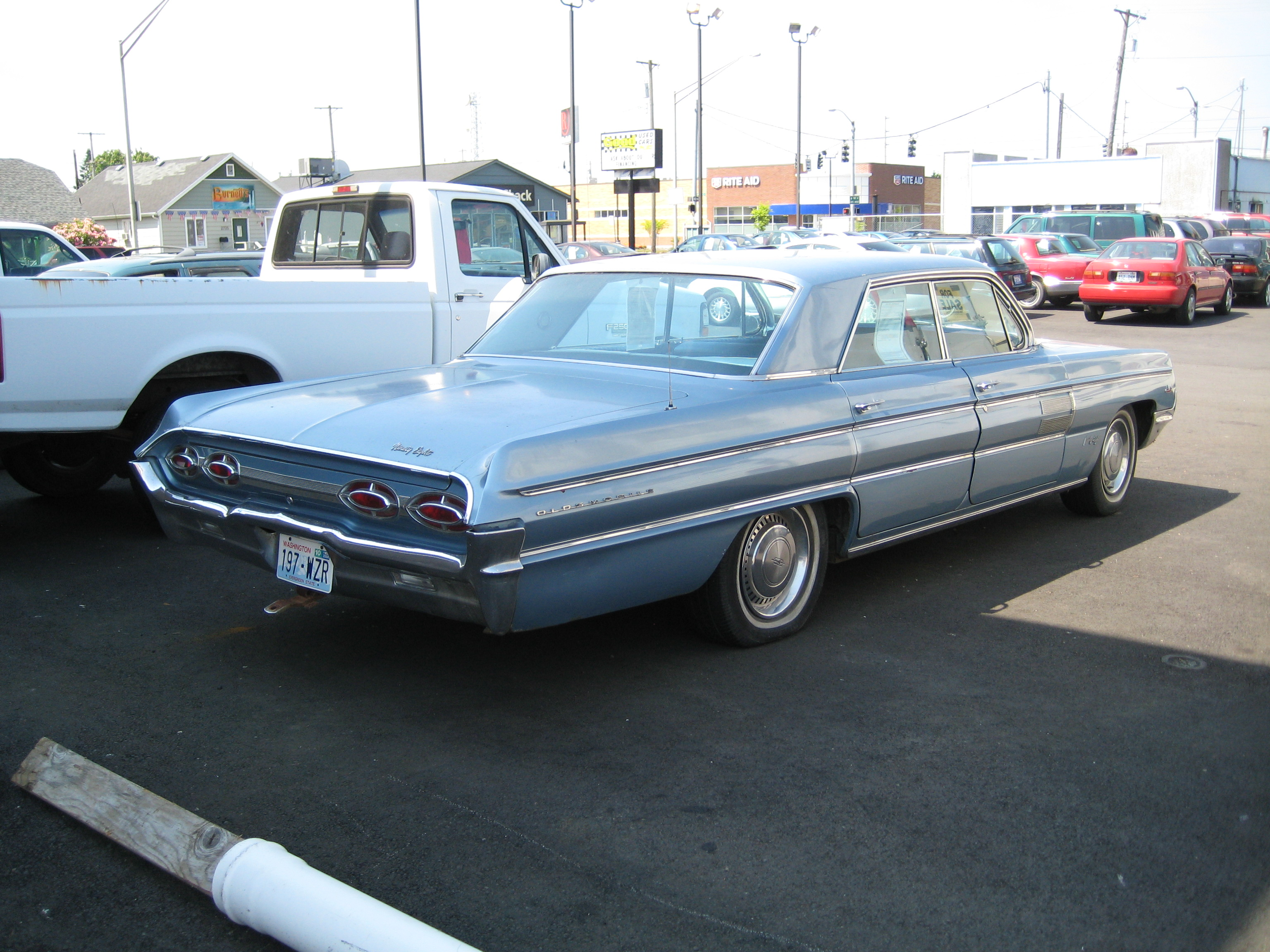 1962 Oldsmobile 98 Holiday Sports Sedan | Flickr - Photo Sharing!