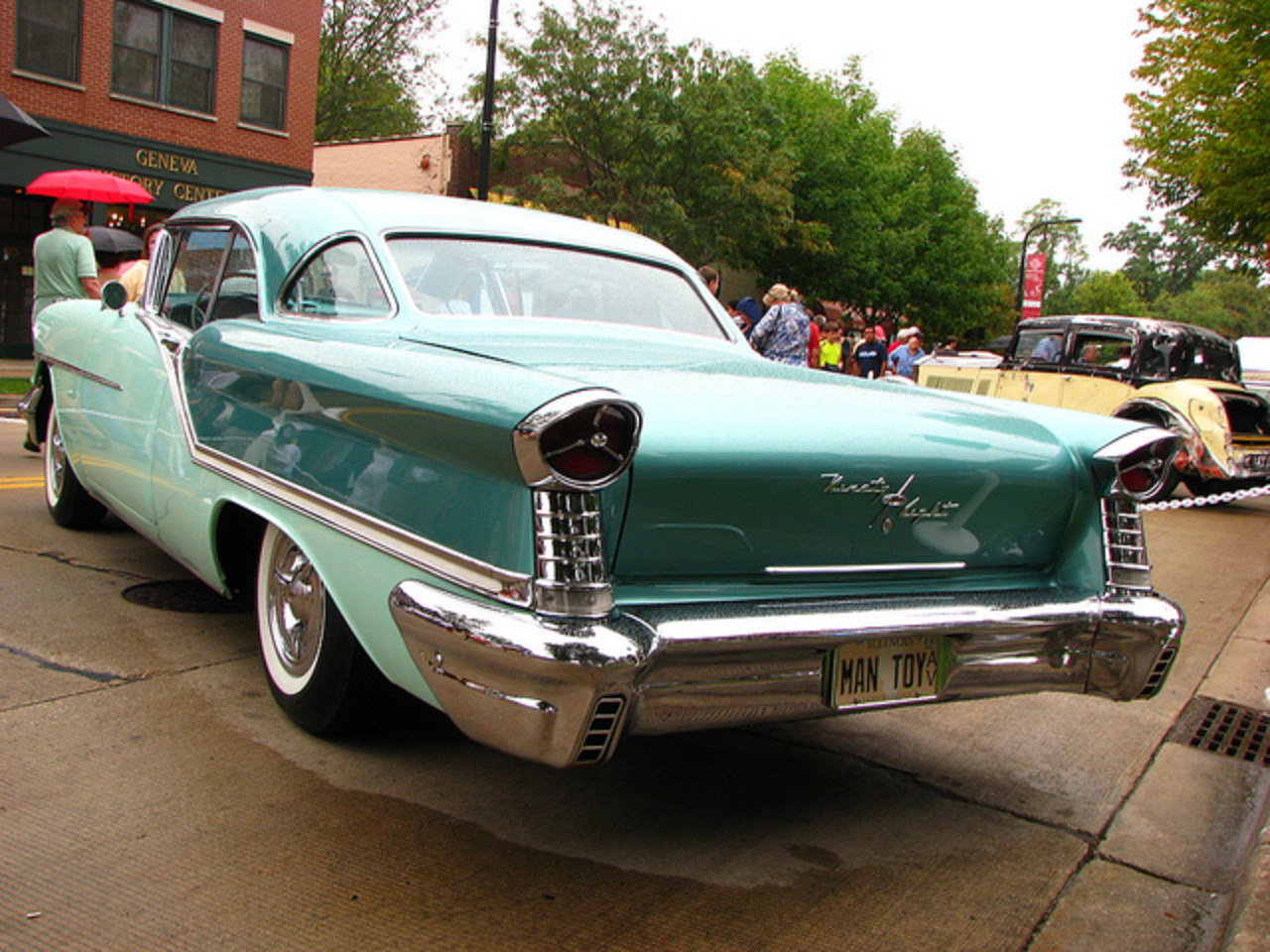 1957 Oldsmobile Starfire 98 | Flickr - Photo Sharing!